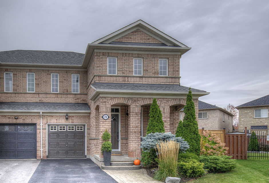 71 Redfinch Cres