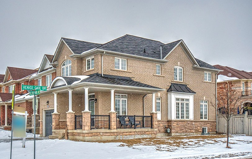 383 Vellore Park Ave., Vaughan