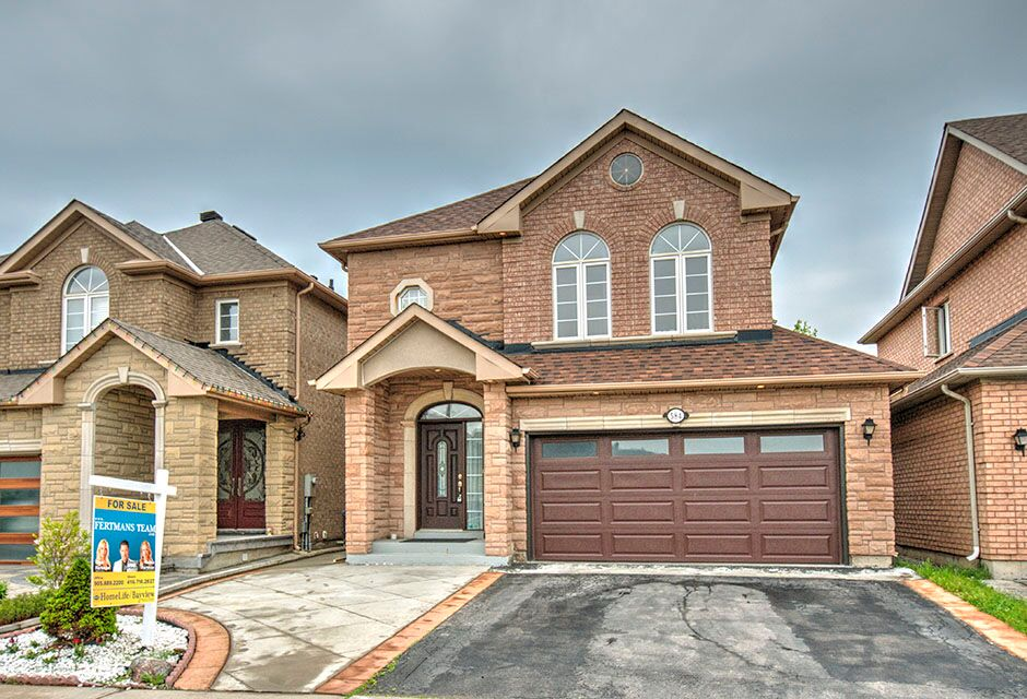 584 Vellore Woods Blvd, Vaughan