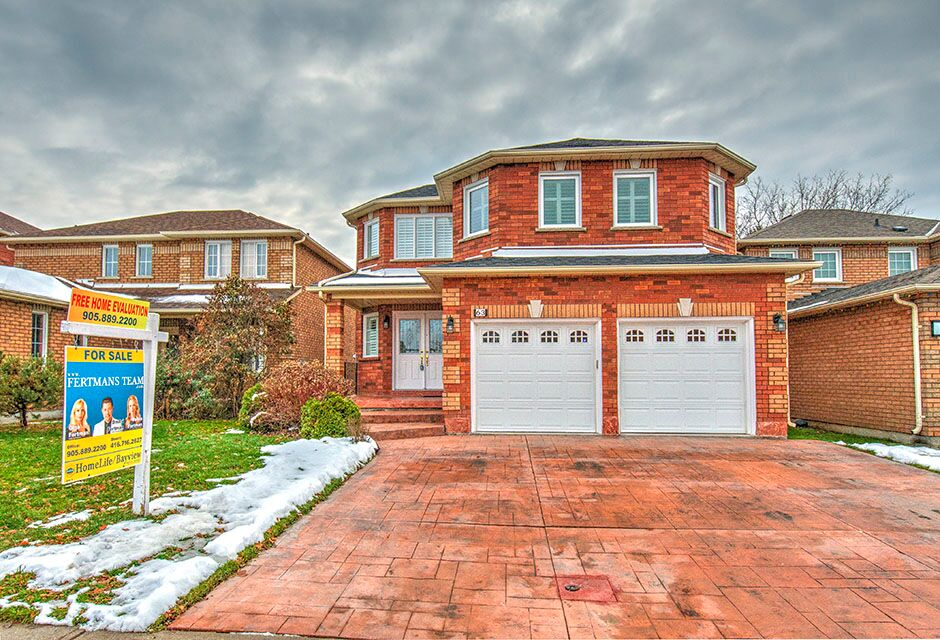 63 Stonebriar Drive, Vaughan ON