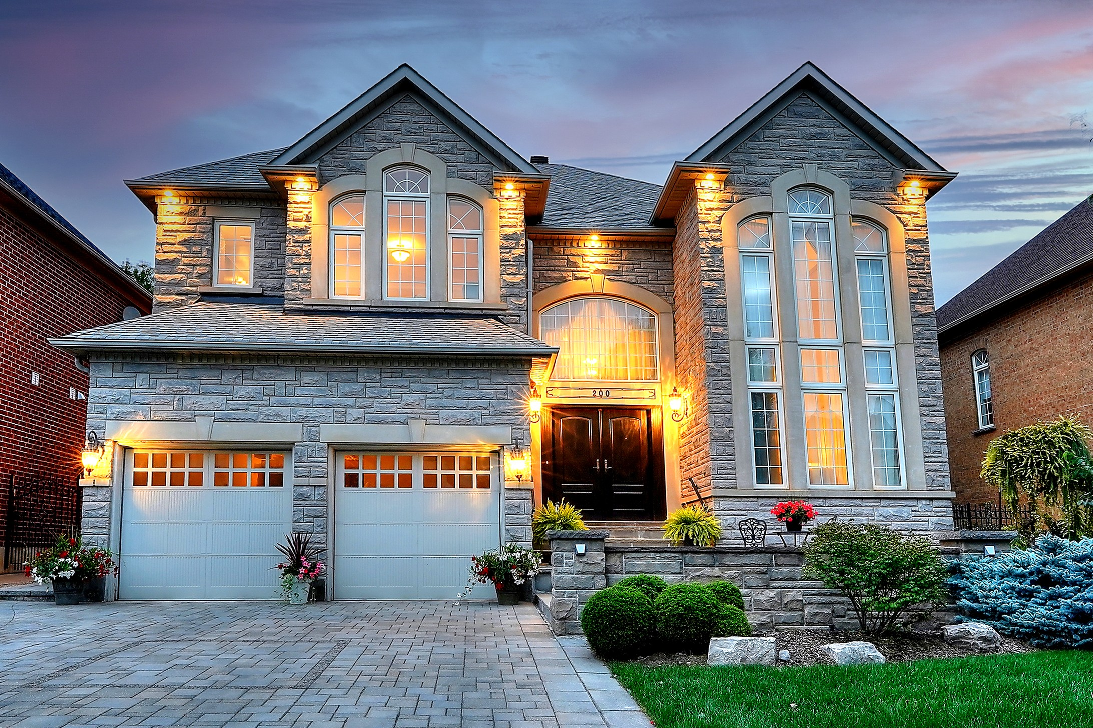 200 Polo Cres., Vaughan